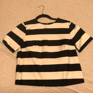 New without tag H&M striped top with back zipper
